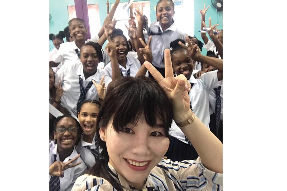 Mandarin classes begin at GHS (+Videos)